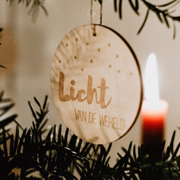 kerstbal Light of the world
