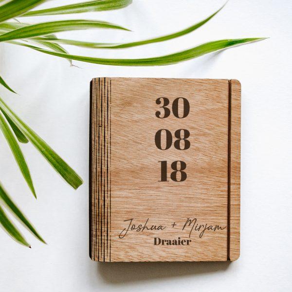 Houten Trouwboekje Datum