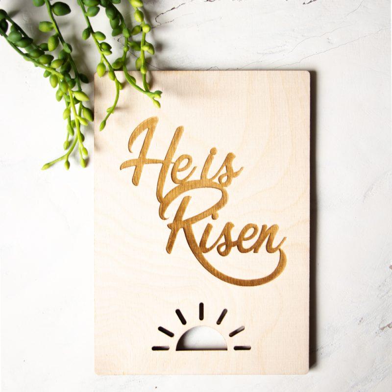 Houten Kaart - He is Risen
