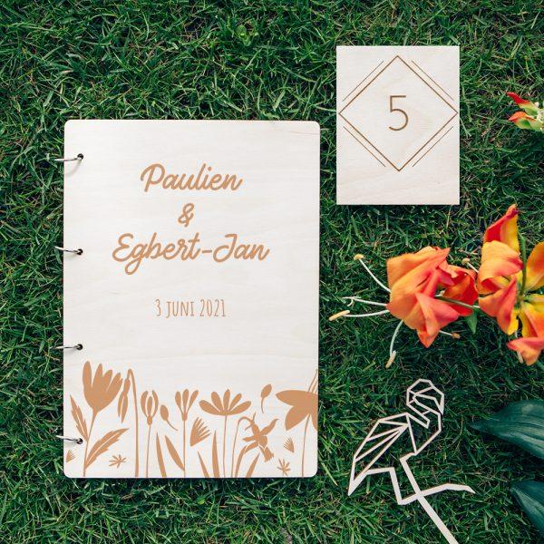 Houten Gastenboek Bloemen