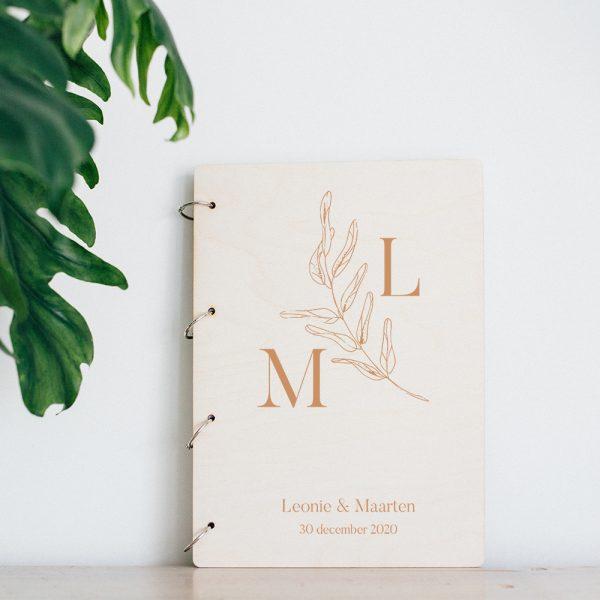 Gastenboek Hout Initialen Botanisch