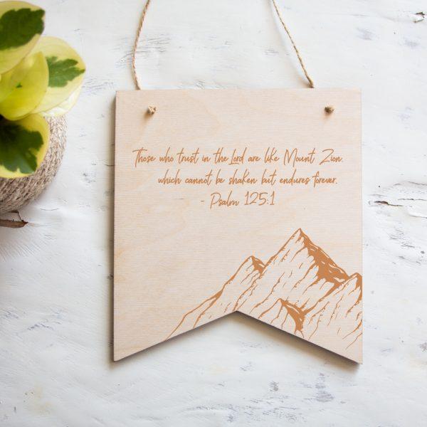 Houten Banner Psalm 125