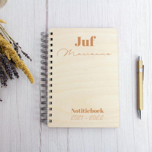 Houten Notitieboek Juf / Meester - Modern